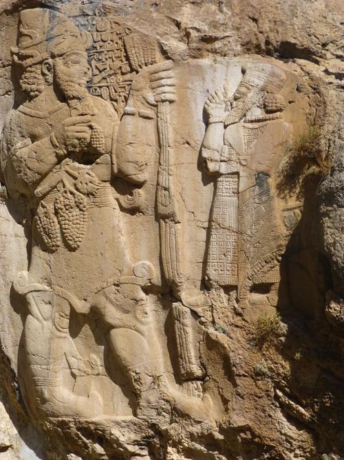 14-Das-spñthethitische-Felsrelief-von-Ivriz